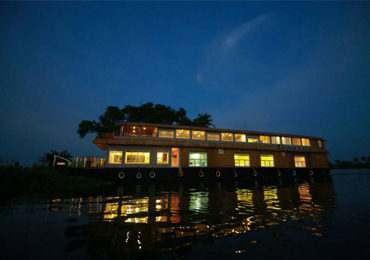 Alleppey Houseboats Cruises & Packages